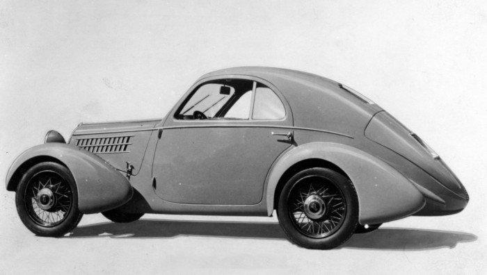 Blak and white image of Fiat 508 CS Balilla